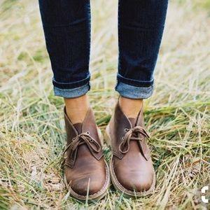 """Women's Clark Desert boot in """"beeswax"""" leather"""